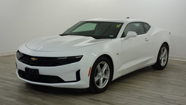 Used 2019 Chevrolet Camaro in Florissant, MO