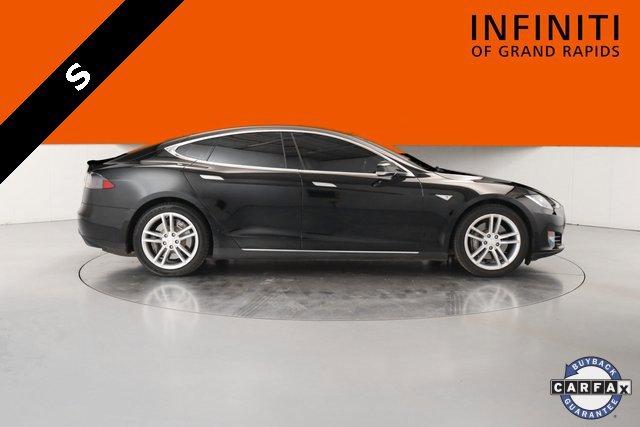 2013 Tesla Model S  2