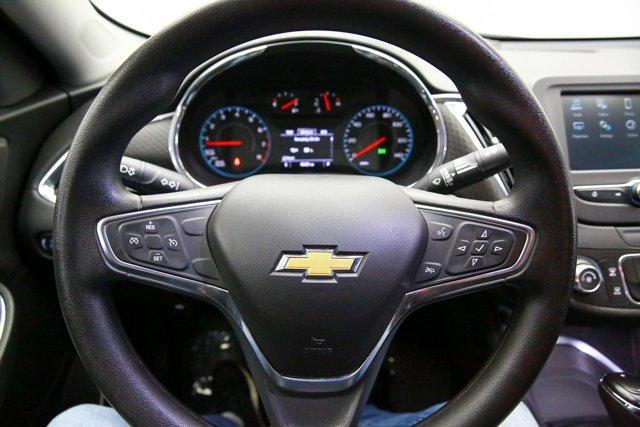 2018 Chevrolet Malibu for sale 122467 9