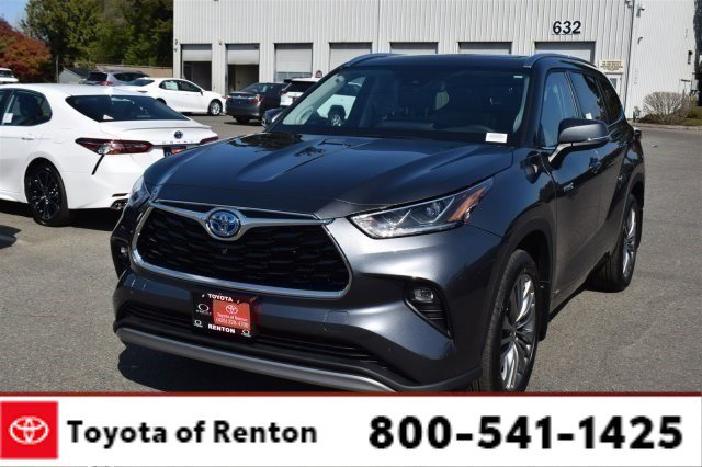 New 2020 Toyota Highlander Hybrid in Renton, WA