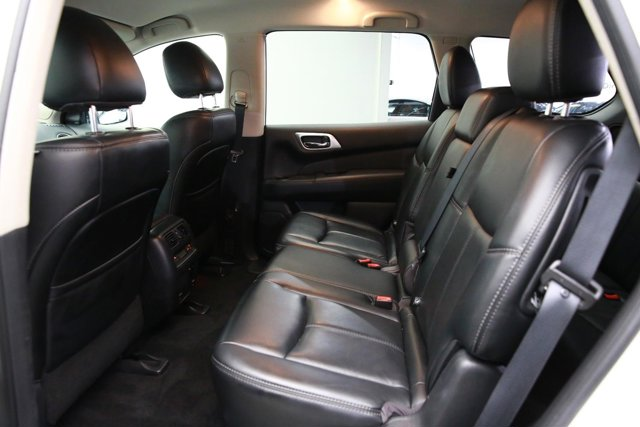 2016 Nissan Pathfinder for sale 122210 21