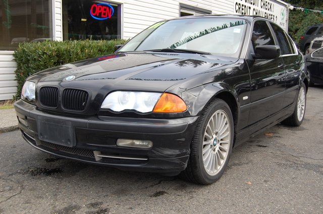 Used 2001 BMW 3 Series 330i 4dr Sdn