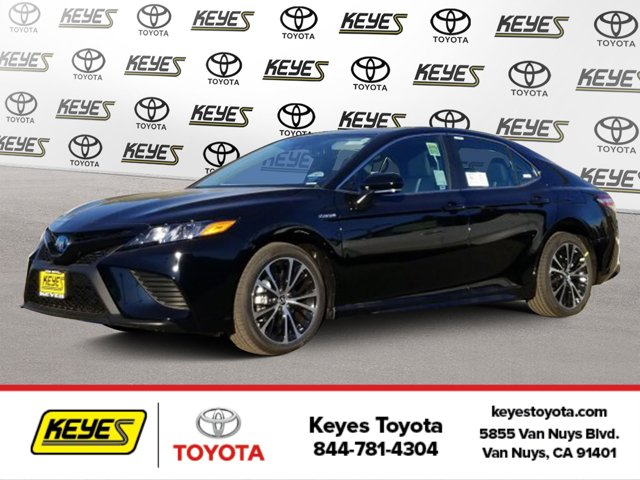 New 2020 Toyota Camry Hybrid in , CA