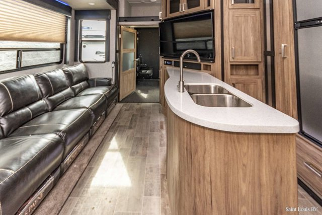 Used 2019 ENDURANCE TOY HAULER FIFTH WHEEL in St. Louis, MO