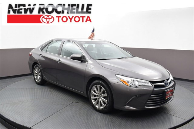 Used 2016 Toyota Camry Hybrid in New Rochelle, NY