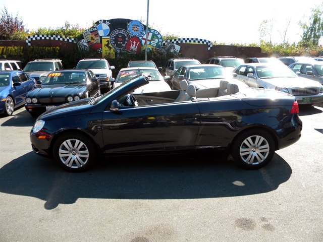 Used 2008 Volkswagen Eos 2dr Convertible