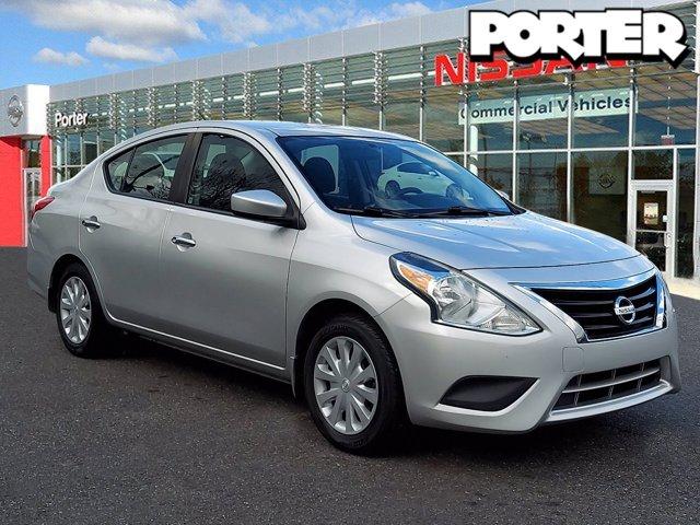 2015 Nissan Versa SV 4dr Sdn CVT 1.6 SV Regular Unleaded I-4 1.6 L/98 [0]