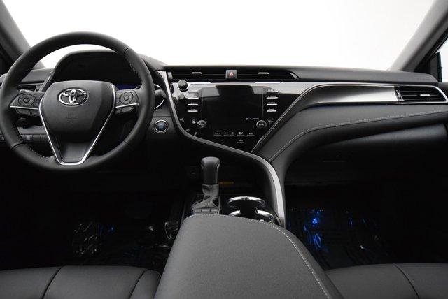 New 2020 Toyota Camry XSE Auto
