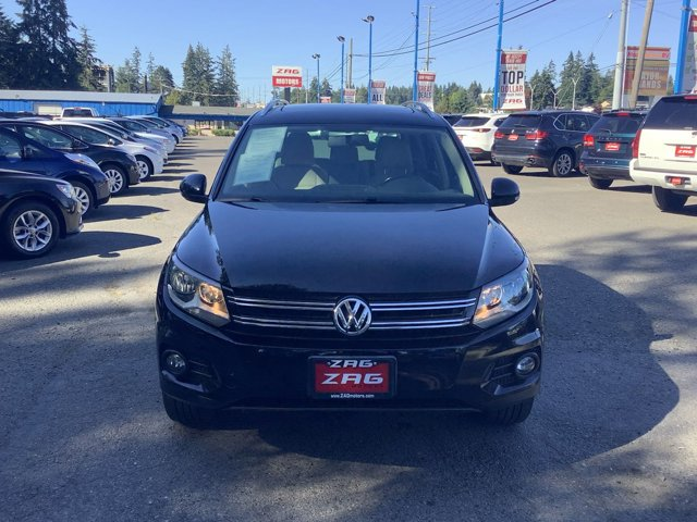 Used 2012 Volkswagen Tiguan 2WD 4dr Auto SE w-Sunroof and Nav