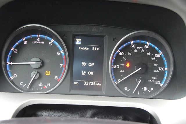 2018 Toyota RAV4 XLE 28