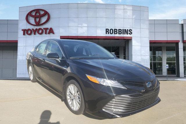 New 2020 Toyota Camry Hybrid in Nash, TX