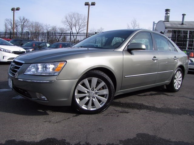 2009 Hyundai Sonata at Tarrytown Honda