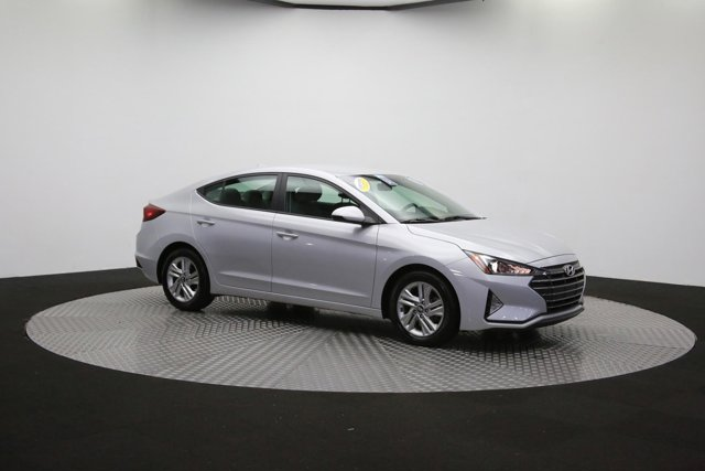 2019 Hyundai Elantra for sale 124300 43