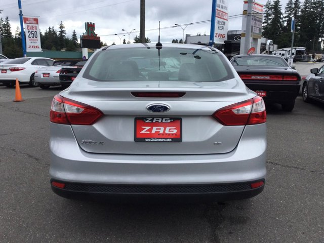 Used 2013 Ford Focus 4dr Sdn SE