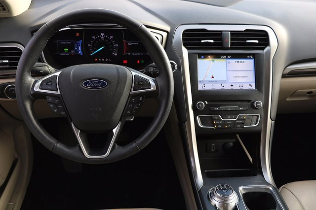 Used 2017 Ford Fusion Energi SE FWD