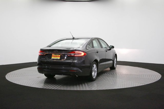2018 Ford Fusion for sale 125038 4