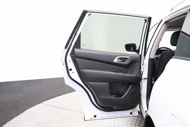 2018 Nissan Pathfinder for sale 120765 23