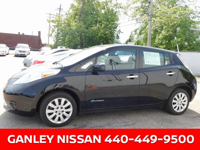 Used 2017 Nissan LEAF in , OH