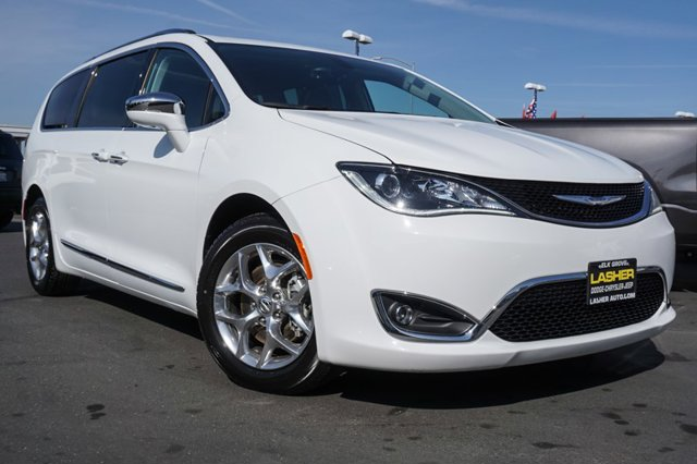 Used 2018 Chrysler Pacifica Limited FWD