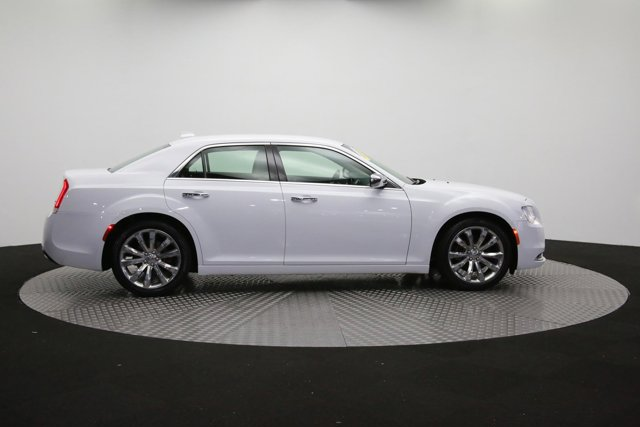 2019 Chrysler 300 for sale 122416 39