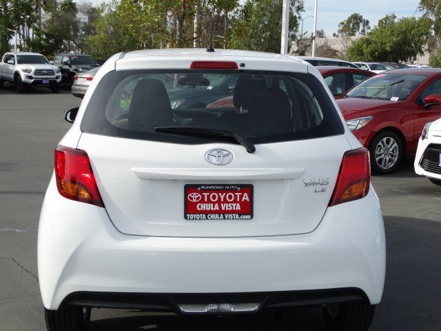 New 2017 Toyota Yaris 5-Door LE Auto