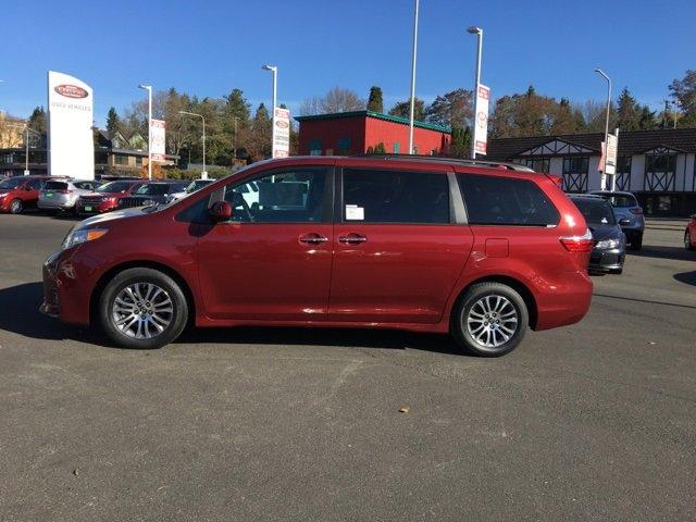 New 2020 Toyota Sienna XLE FWD 8-Passenger