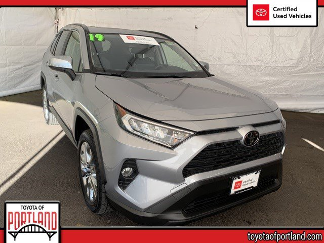 Used 2019 Toyota RAV4 in , OR