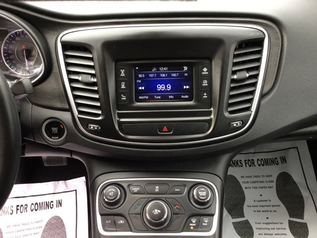 Used 2016 Chrysler 200 4dr Sdn Touring FWD