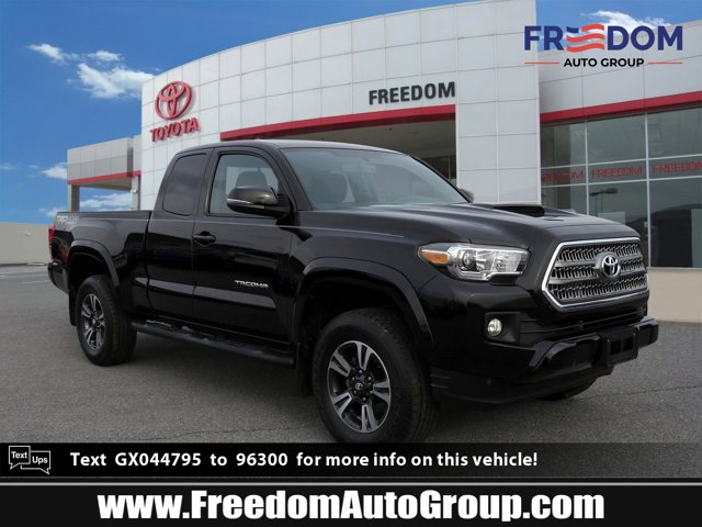 Used 2016 Toyota Tacoma in , PA