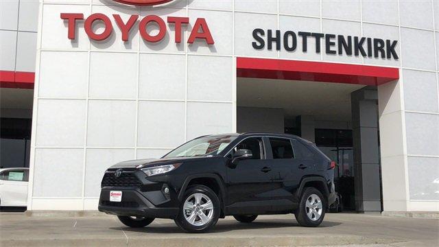 New 2020 Toyota RAV4 in Quincy, IL