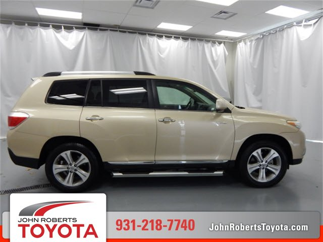 Used 2011 Toyota Highlander in Manchester, TN