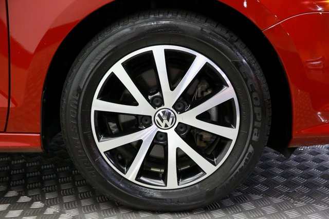 2017 Volkswagen Jetta for sale 122684 27