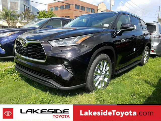 New 2020 Toyota Highlander in Metairie, LA