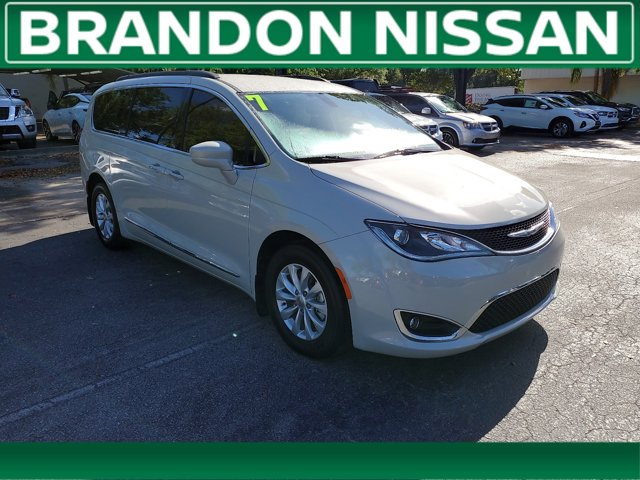Used 2017 Chrysler Pacifica in Tampa, FL