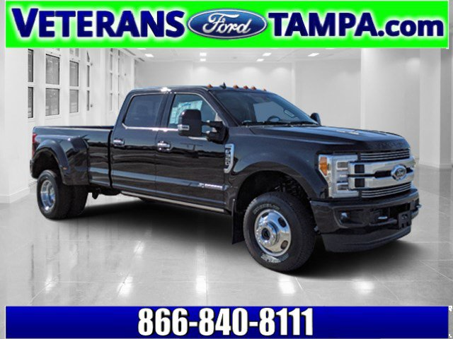 2019 Ford Super Duty F-350 DRW Limited Crew Cab Pickup