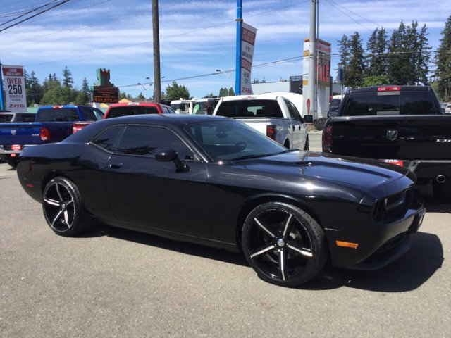 Used 2014 Dodge Challenger 2dr Cpe SXT