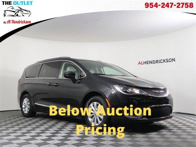 Used 2019 Chrysler Pacifica in Coconut Creek, FL