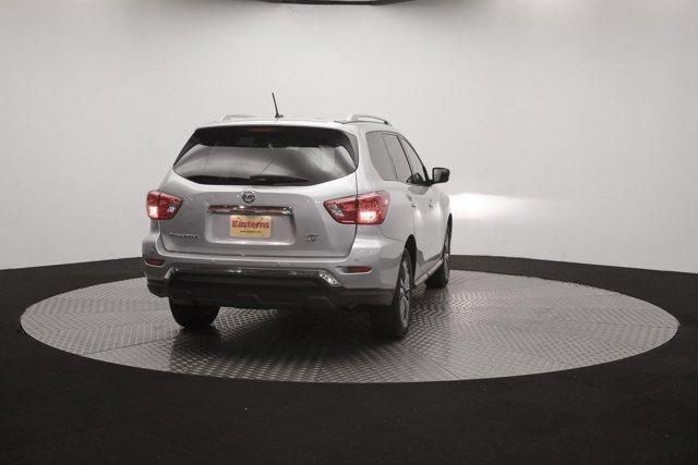 2018 Nissan Pathfinder for sale 121327 38