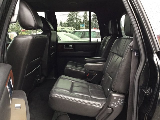 Used 2011 LINCOLN Navigator L 4dr