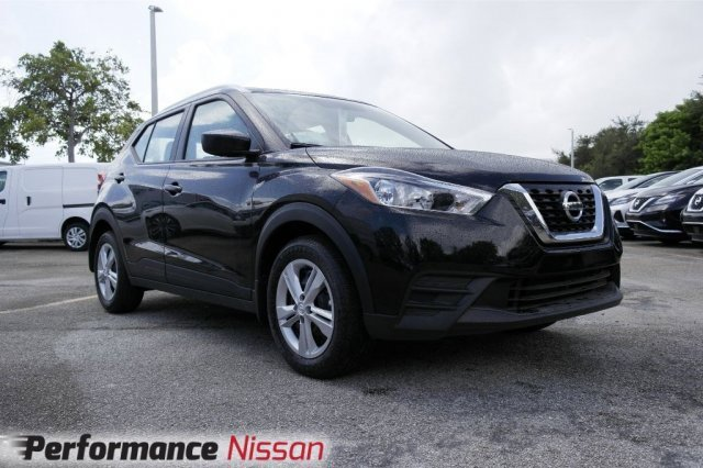 New 2019 Nissan Kicks in Pompano Beach, FL