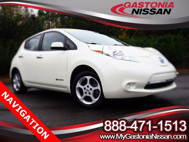2015 Nissan LEAF SV 4dr HB SV *Ltd Avail* Electric [6]