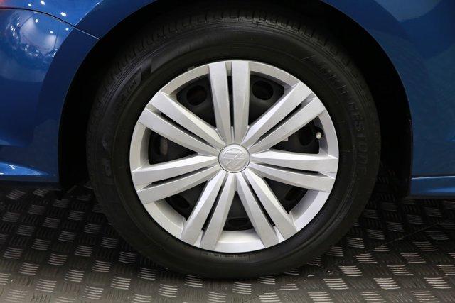 2017 Volkswagen Jetta for sale 124242 28