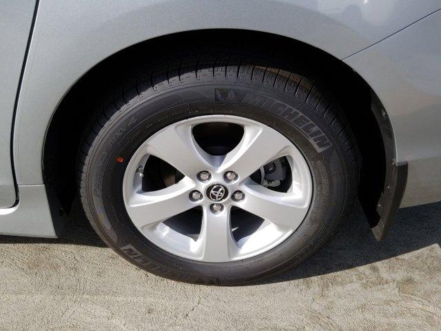 New 2020 Toyota Sienna L FWD 7-Passenger