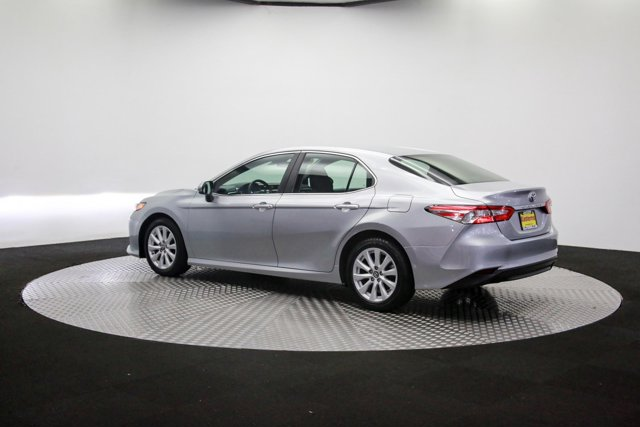 2018 Toyota Camry for sale 121811 57