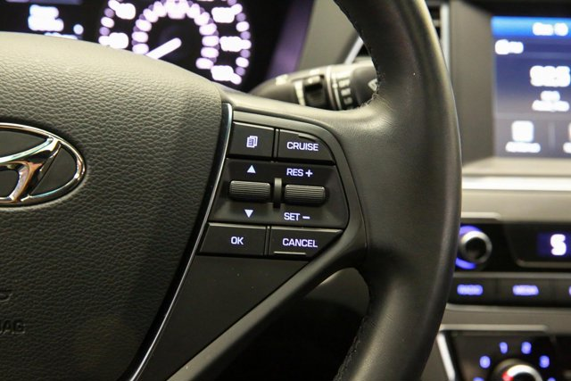 2017 Hyundai Sonata for sale 122951 14