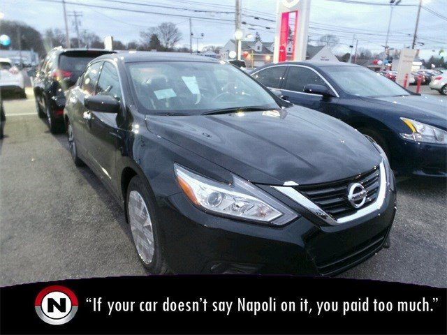 New 2017 Nissan Altima in Milford, CT