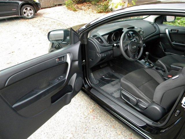 Used 2010 Kia Forte Koup 2dr Cpe Auto EX