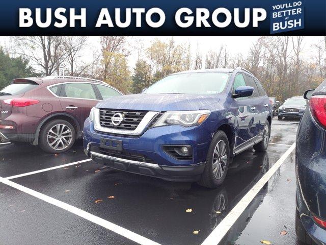 2017 Nissan Pathfinder SV 4x4 SV Regular Unleaded V-6 3.5 L/213 [1]