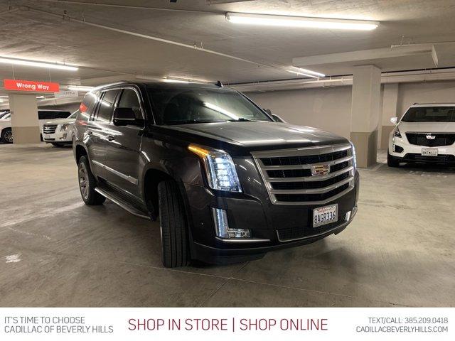 2017 Cadillac Escalade Luxury 2WD 4dr Luxury Gas V8 6.2L/376 [12]