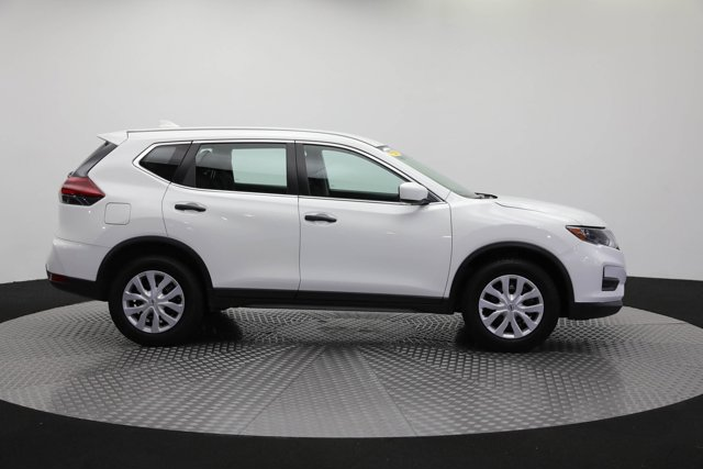 2018 Nissan Rogue for sale 125658 3